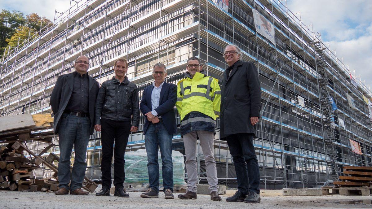 v. l. n. r.: Architekt Meinhard Rhomberg, Michael Loacker, Karl Loacker, Thomas Schäfer (Geschäftsleitung Loacker) und Architekt Wolfgang Ritsch.